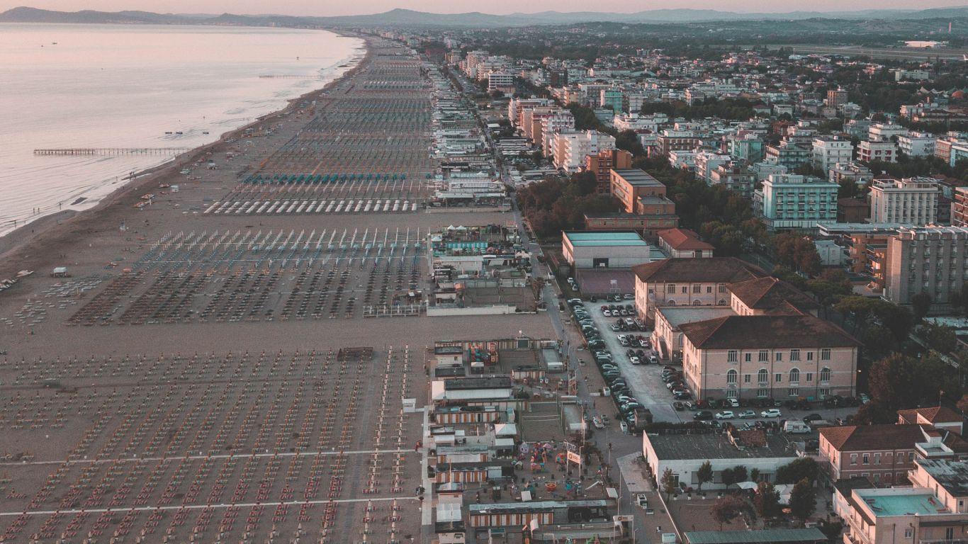 hotel-capri-rimini-Marina-Centro-beach
